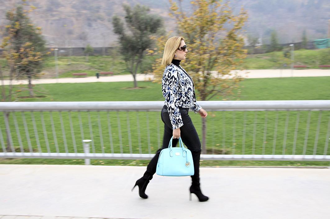 chaqueta-azul-estampada-sheinside-outfit-streetstyle-tu-guia-fashion-3