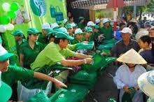 Mọi người đang kêu gọi sử dụng túi vải không dệt để bảo vệ môi trường