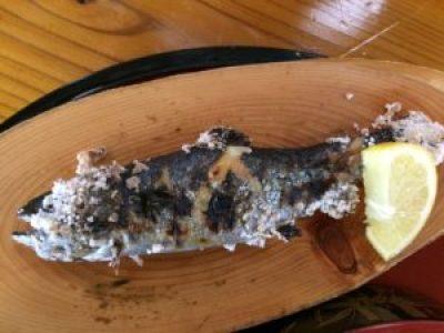 糸島の白糸の滝の四季の茶屋でいただくヤマメの塩焼き