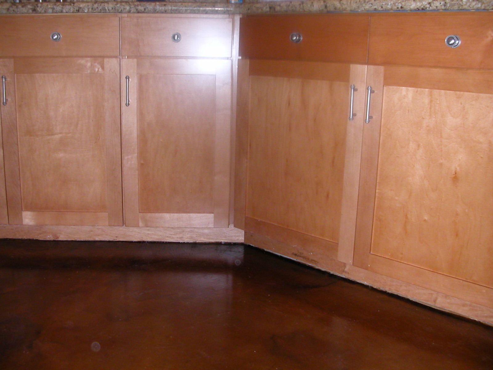 Contrast of floors to cabinets (not a great photo)