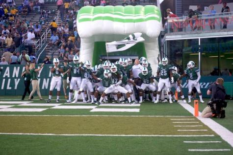 Football expands 2017 roster with JUCO transfers
