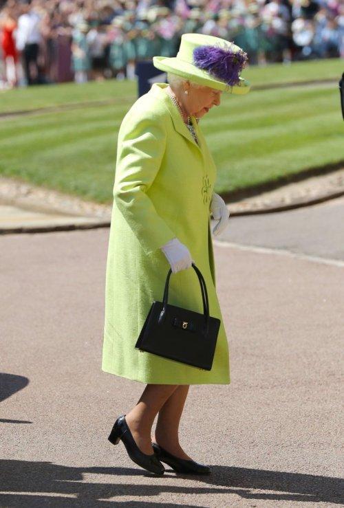 Queen-Elizabeth-Dress-Royal-Wedding-2018