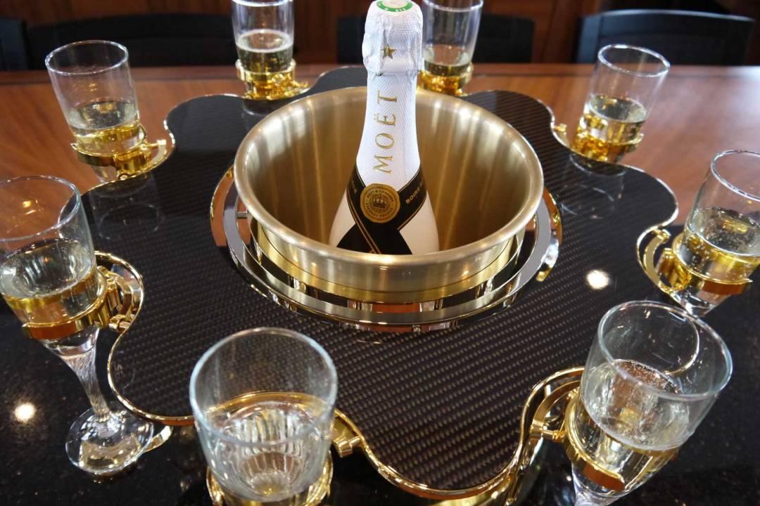 écrin à champagne de luxe carbon édition yacht