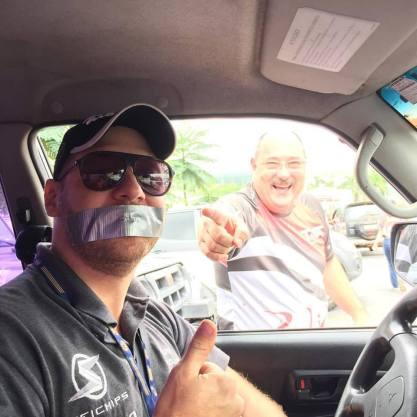 Piloto pronto para o rally!