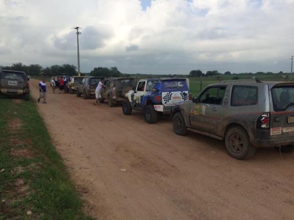 Categoria master largando para o 3º dia de Cerapió. Foto: Araponga Rally