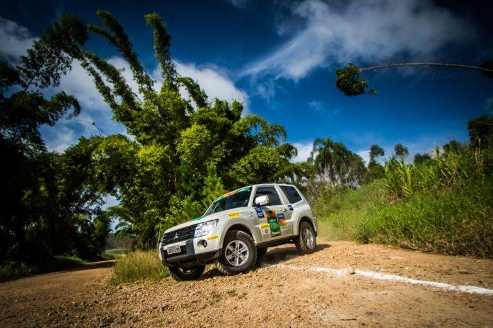 Percurso teve cerca de 200 km Crédito: Cadu Rolim / Mitsubishi/Fotovelocidade