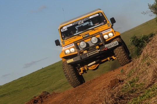 Na Jeep, abrem a categoria Franco Caesar Gommersbach e Lucas Albert Gommersbach (Doni Castilho/DFOTOS)