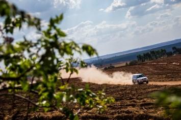 Trajeto de 30km estava liso, seco e levantando muita poeira Crédito: Cadu Rolim/Mitsubishi