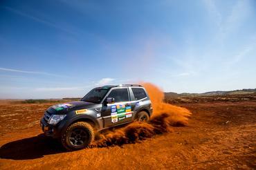 Calor e muito off-road no Mitsubishi Motorsports Crédito: Ricardo Leizer / Mitsubishi