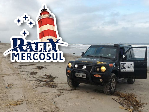O primeiro dia do Rally Mercosul mesclou trechos de areia, belas paisagens e muito companheirismo