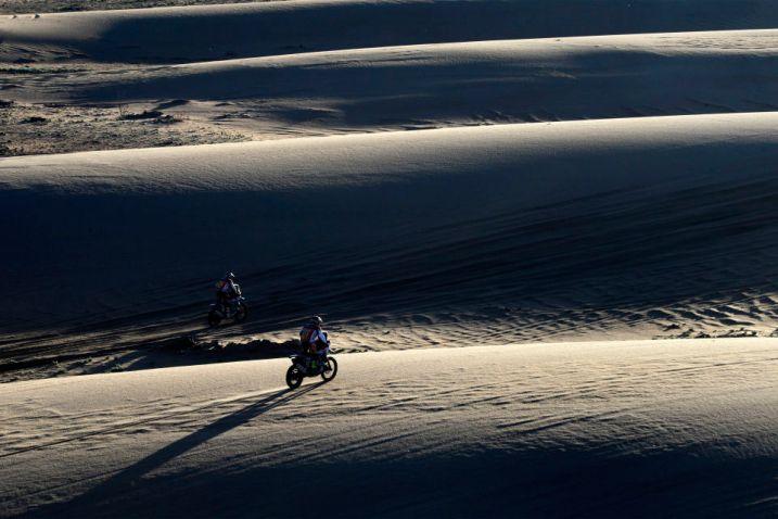 17 GONCALVES PAULO (prt) HONDA MONSTER ENERGY HONDA TEAM action during the Dakar 2017 Paraguay Bolivia Argentina , Etape 8 - Stage 8, Uyuni - Salta, January 10 - Photo Eric Vargiolu / DPPI