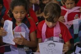 As crianças beneficiadas nessa manhã se divertiram com a ação e receberam kits (Pedro Carvalho//Photo Action)