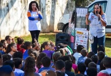 As crianças atentas na ação social realizada em 2016 (Lucas Carvalho/ Photo Action)