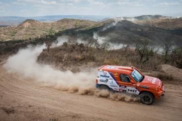 Dupla acelerando na edição do ano passado (Marcelo Maragni/Fotop)