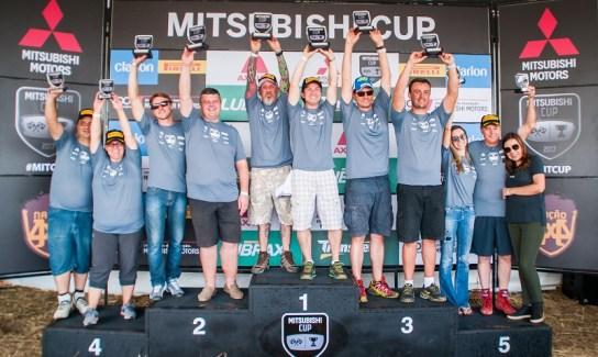 No final da etapa, os melhores de cada categoria são premiados. Foto: Marcio Machado / Mitsubishi