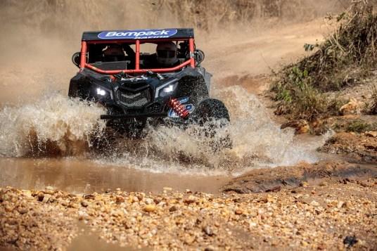 Denisio Nascimento/Emilio Rockenbach a bordo do UTV Can-Am Maverick X3 no Rally dos Sertões 2017 Crédito: Vinícius Branca/DFotos