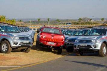 Carros da organização já estão no Autódromo (Marina Sousa/Vipcomm)