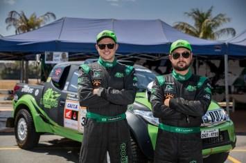 Os catarinenses Flávio Lunardi e Fred Budtikevits buscam o título da Pró Brasil (Magnus Torquato/Fotop)
