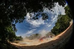 Dupla durante a 4a etapa que chegou ao Mato Grosso (Sanderson Pereira/ PhotoEsporte)