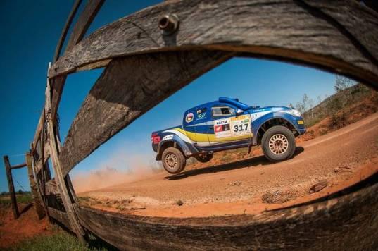 A edição de 25 anos do Rally dos Sertões foi de Goiânia (GO) até Bonito (MS) (Gustavo Epifanio/Fotop)
