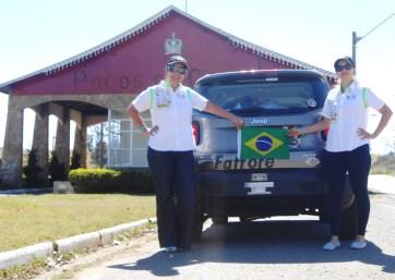 Tânia Mara e Ana Paula na chegada a Poços de Caldas (MG)