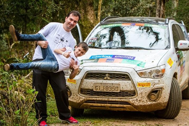 Famílias e amigos se divertem no Mitsubishi Motorsports. Foto: Adriano Carrapato / Mitsubishi