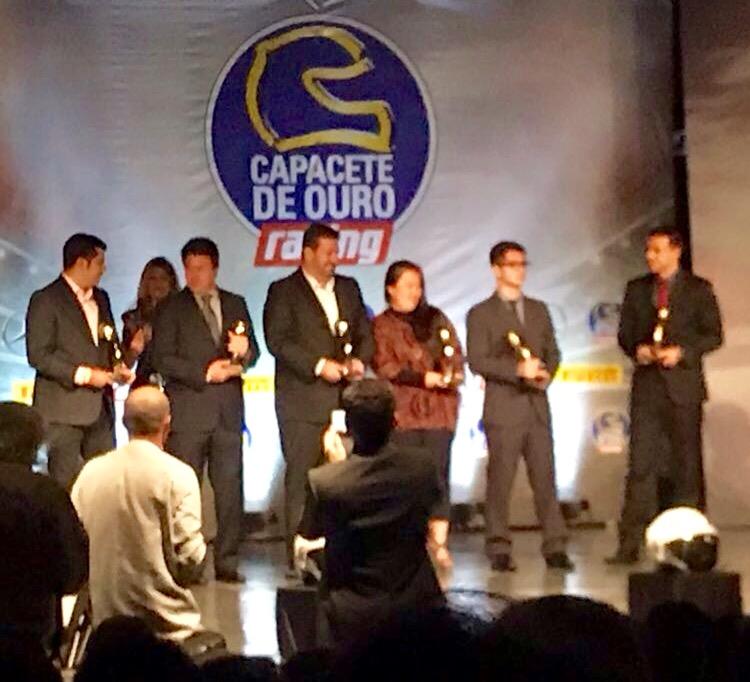 Fontoura/Minae (centro): Capacete de Prata no Oscar do automobilismo nacional (José Mário Dias)
