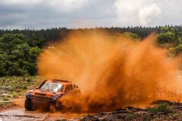 Dupla Terpins/Andreotti no Brasileiro de Rally Cross Country (Sanderson Pereira/PhotoEsporte)