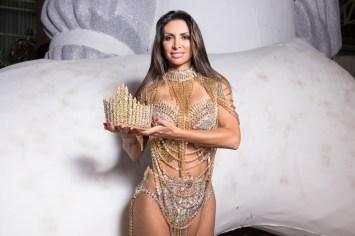 Helena Soares, rainha de bateria da Independente, não pode desfilar em 2018 (Foto: Celso Tavares/G1)