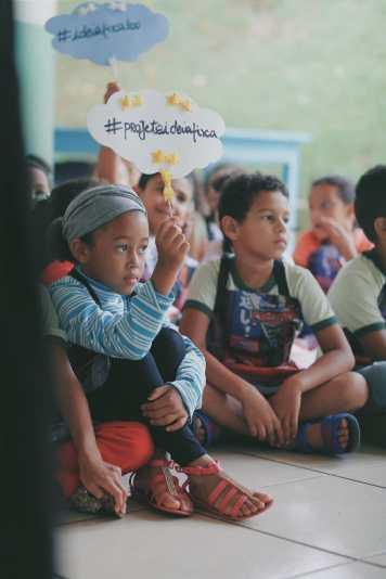 Crianças nas ações (Lucas Carvalho/PhotoAction)