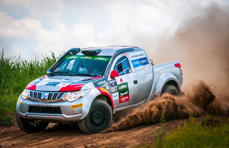Prova reúne pilotos de várias partes do Brasil. Foto: Marcio Machado / Mitsubishi