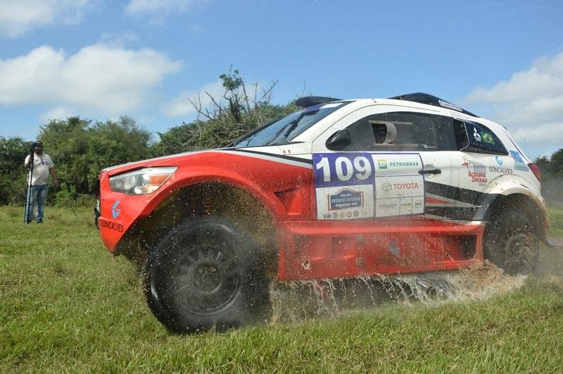 Equipe estreou o carro durante o Desafio Guarani (Paraguai), em abril. Foto: JJ Lopez/Puromotorpy