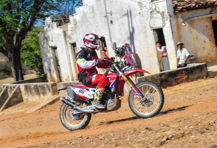 Tunico Maciel conquistou o Rally dos Sertões pela primeira vez (Doni Castilho/Fotop/Vipcomm)
