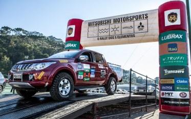 Ralis Mitsubishi movimentaram Campos do Jordão neste sábado. Foto: Adriano Carrapato/Mitsubishi