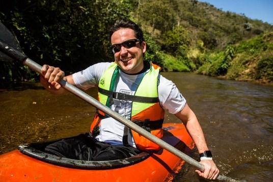 Entre os PCs de aventura, trajeto em embarcação individual. Foto: Tom Papp/Mitsubishi