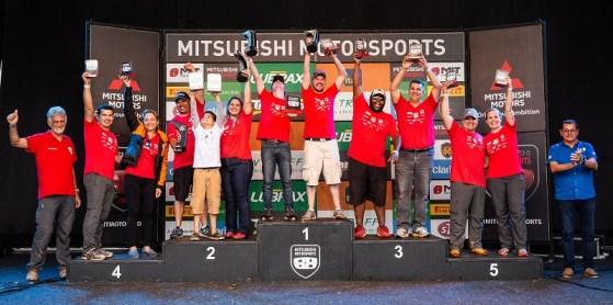 Pódio do campeonato da Turismo (Foto: Tom Papp / Mitsubishi)