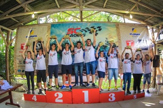 Pódio Campeonato Turismo (Crédito Divulgação-Rodrigo Phillips)