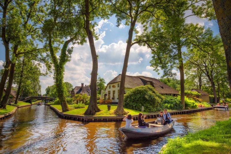 قرية خيتهورن الهولندية