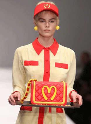 moschino-mcdonalds-fall-2014