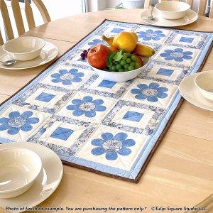 flower-table-topper-applique-tulip-square-patterns