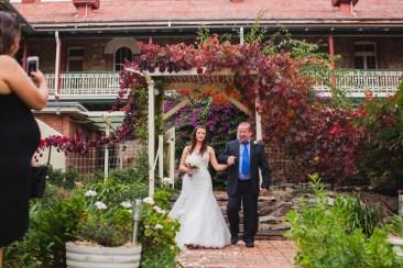 Young-nsw-wedding-photographer-28