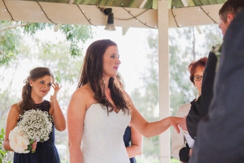 Young-nsw-wedding-photographer-37