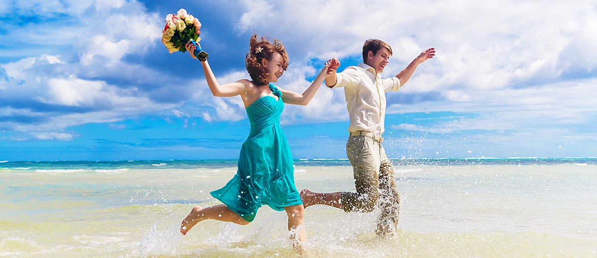 Fabulous Summer Beach Wedding Colors With Matched