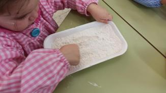 grafía vertical con harina, pan (7)