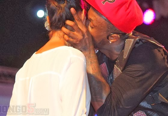 PHOTO: Newly Wed Peter Okoye Kisses Fan On Stage In Tanzania