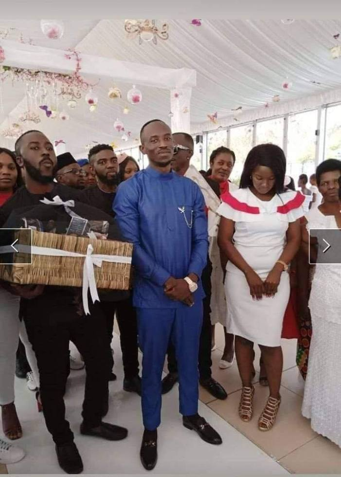 Photos: Chef Says Goodbye To Bachelorhood
