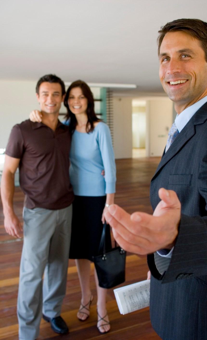 Perché l'agente immobiliare deve essere presente durante la visita