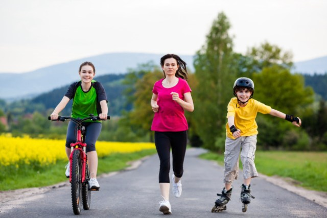 Tuned In Parents - single mother exercising with kids