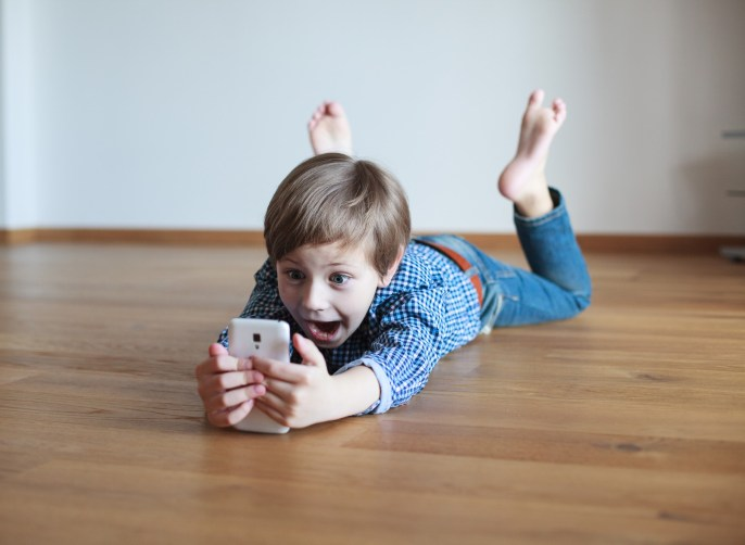 When Should I Buy My Child a Smartphone?