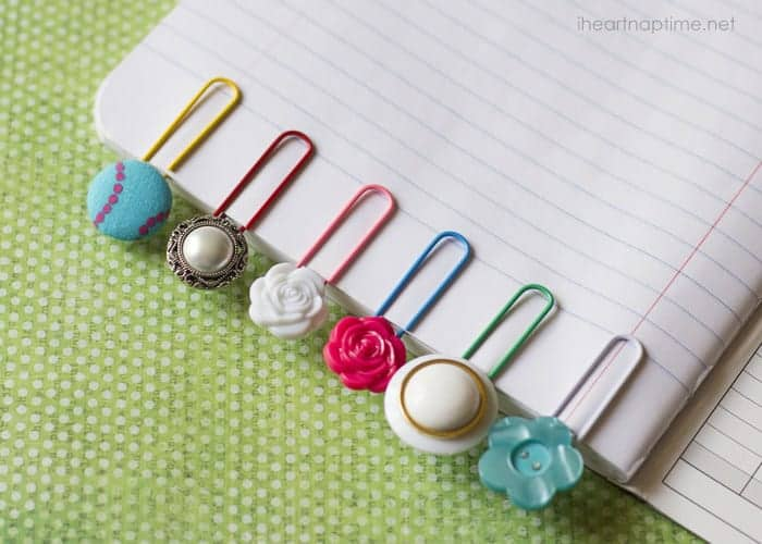 17 DIY handmade Gifts You'd actually want: button boookmarks & paper clips